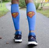Superman tubes op hardloper